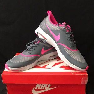 New Nike Women's Air Max Thea